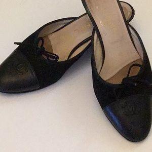 Chanel Slides Black